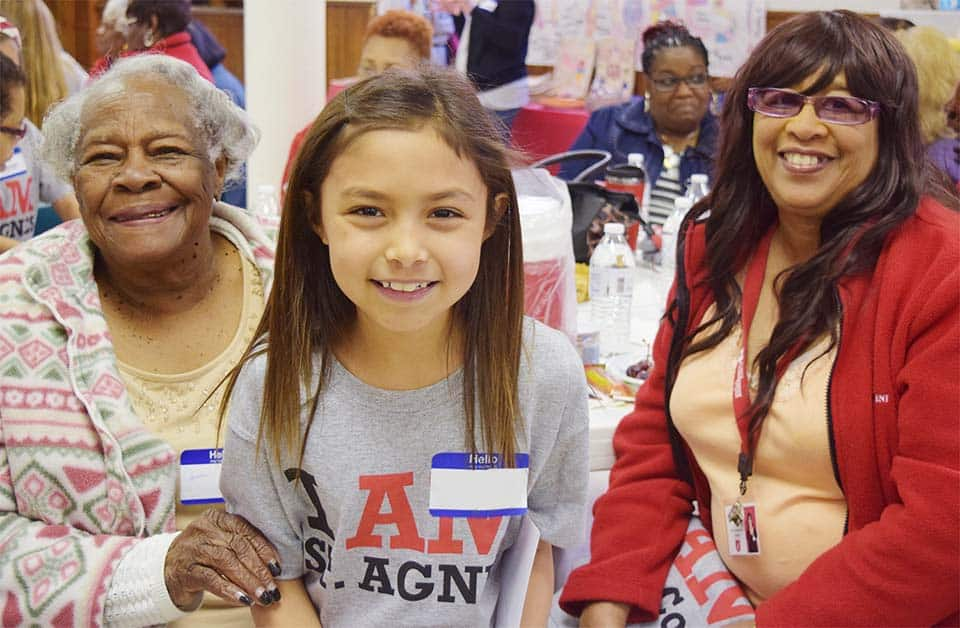 Foster Grandparents Volunteers