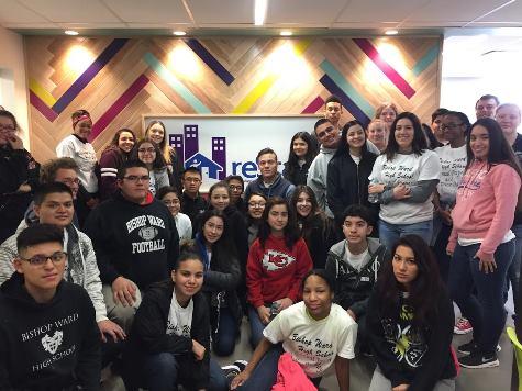 Bishop Ward Students Volunteer at Catholic Charities